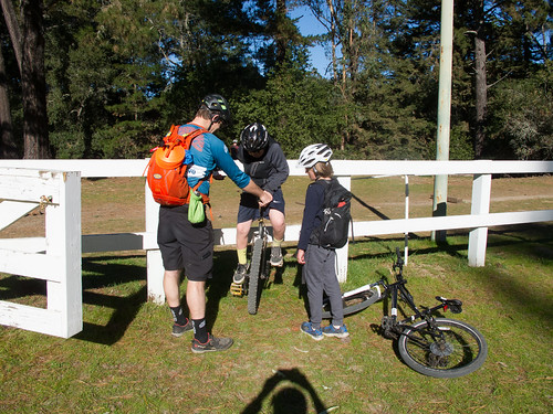 Oakland middle school mountain biking team trying the uni