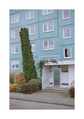 (Dennis Schnieber) Tags: 35mm kleinbild analog color film berlin lichtenberg