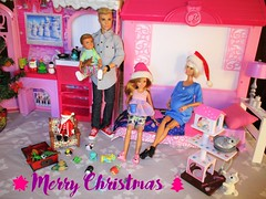 Merry Christmas to all (flores272) Tags: christmas merrychristmas barbie barbiedoll kendoll staciedoll tommydoll chelseadoll campingfunboydoll boychelseadoll barbiecabin barbiewintercabin cattower toycat barbiefashionistas barbiefurniture barbiehouse tsumtsum doll dolls toy toys barbielifeinthedreamhousewinterfamilybuildupplayset barbielifeinthedreamhouse barbielifeinthedreamhousewinterfamilybuildup barbiewinterfamilybuildup