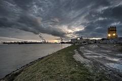 CBR Gent (Fred Boni) Tags: hdr d800 wide angle schelde escaut nuages grues port bateau nuit