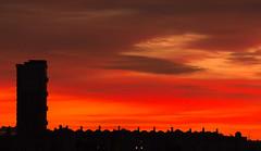 Edificios (mandoft) Tags: atardecer edificio cielo landscape antena rojo nube elcampello comunidadvalenciana españa es