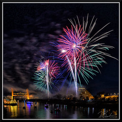 Fireworks_7716 (bjarne.winkler) Tags: 2017 new year firework over sacramento river with tower bridge ziggurat building background