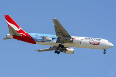 VH-OGG B763ER QANTAS YBBN (Sierra Delta Aviation) Tags: qantas airways disney planes boeing boeing767 763 b763 ybbn brisbane airport vhogg