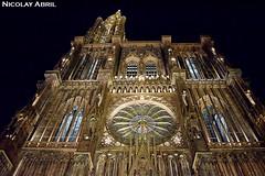 Strasbourg Cathedral (Nicolay Abril) Tags: estrasburgo strossburi strasburg strasbourg basrhin grandest untrelsass bajorin underrhin alsace elsass alsacia elsas france francia frankreich frança strasbourgcathedral cathedralofourladyofstrasbourg cathédralenotredamedestrasbourg cathédraledestrasbourg liebfrauenmünsterzustrasburg strasburgermünster catedraldeestrasburgo catedral cathedral cathédrale arquitecturagótica gotischearchitektur architetturagotica architecturegothique gothicarchitecture gotischearchitectuur estilorománico romanico architetturaromanica romanik romanischearchitektur arquitecturarománica romanesquestyle romanesquearchitecture lowangle contrapicado nightphotography noćnafotografija fotografíanocturna fotografiadinotte photographiedenuit catherinewindow rosace rosetón rosewindow fensterrose