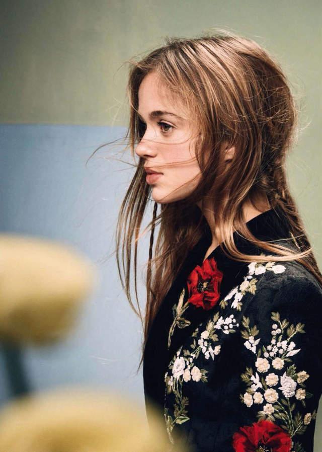 空靈美少女《Amelia Windsor》,贏過凱特王妃榮獲英國王室最美!