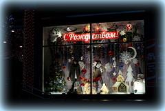Merry Christmas! Greeting from Belarus. :)) (halina.reshetova) Tags: christmas merrychristmas celebration holiday festive mood festivemood atmosphere festiveatmosphere minsk storefront mannequins herringbone christmasballs garlands snowman toys shine illuminations ornamentation snowflakes green brown dark blue red gray beige canon canoneos1000d 19112015 23122017 virgiliocompany fabuleuseenfêtesf