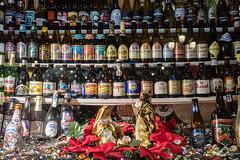 Felices Fiestas (Stauromel) Tags: navidad fiestas nochebuena nochevieja reyes belen cerveza stauromel street alquimiadigital fuji fujixt2