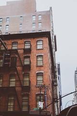 DSC_7014 (MaryTwilight) Tags: newyork humansofnewyork peopleofnewyork nyc bigapple thebigapple usa exploreusa explorenewyork fallinnewyork streetsofnewyork streetphotography urbanphotography everydayphotography lifestylephotography travel travelphotography architecture newyorkbuildings newyorkarchitecture