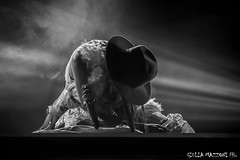 Nina Zilli (Giulia_Mazzoni) Tags: nina ninazilli modernarttour moderart chiara giuliamazzoni vox canon live concert club gig stage musicphotography light chiarafraschetta blackwhite bw