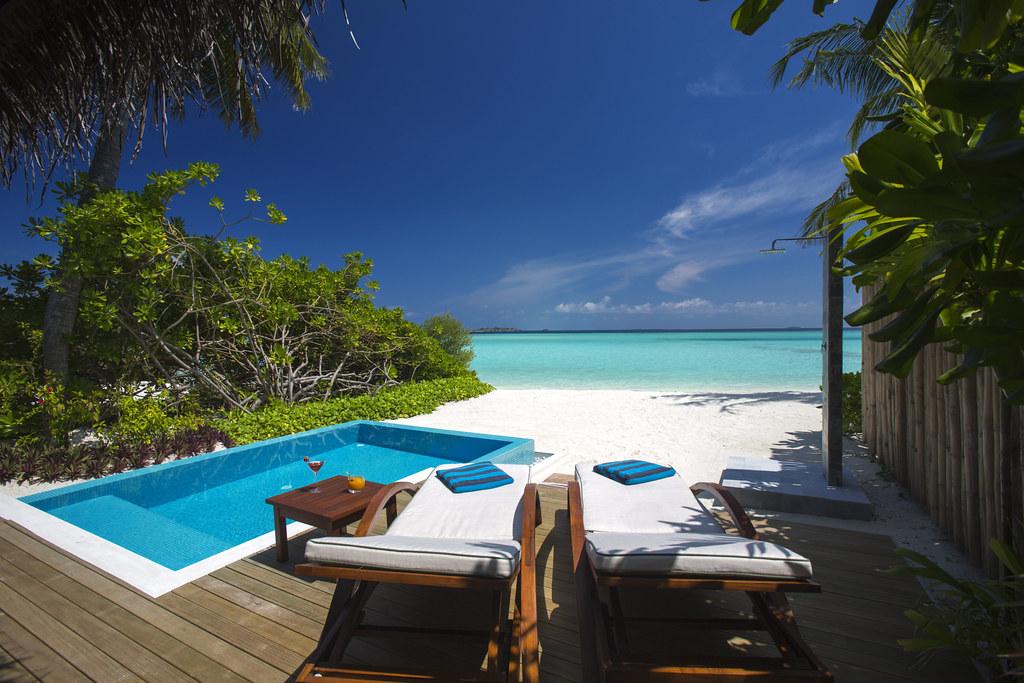 beach villa pool  deck