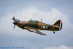 Hawker Hurricane Mk IIa -  la Ferté-Alais-4333 (_OKB_) Tags: laferte2015 france warbird aviation history war avion avia sky classic nikon d7100 7020028 speed