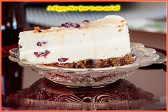 Happy New Year (2018) (Johann (Sasolburg, RSA.)) Tags: kaaskoek cheesecake happynewyear reflection makemesmile efs18135mmf3556isusm canoneos7dmarkii voorspoedigenuwejaar gelukkignieuwjaar