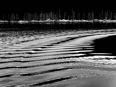 waves (heinzkren) Tags: schwarzweis bw blackandwhite monochrome panasonic lumix meer water wasser wellen hafen port harbor spiegelung marina jachthafen reflection punat kroatien sea landschaft landscape croatia