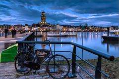 HFF...met gezicht op Deventer! (Hans van Bockel) Tags: 1680mm city d7200 deventer front hdr ijssel le nikkor nikon pier river rivier stad statief worp overijssel nederland nl