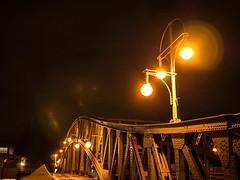 20171215-121 (sulamith.sallmann) Tags: berlin bornholmerstrase bridge brücke bösebrücke deutschland germany lamp lampe licht light nacht nachtaufnahme nachts night nightshot pankow prenzlauerberg deu sulamithsallmann
