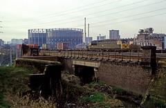 56069, Washwood Heath, December 1985 (David Rostance) Tags: 56069 class56 freightliner washwoodheath birmingham gasworks