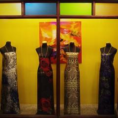 Holiday Attire (michael.veltman) Tags: dresses women qatar doha