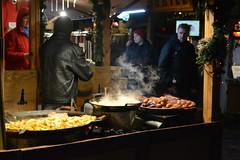 Christmas market (Tallinn Old Town, 20171227) (RainoL) Tags: crainolampinen 2017 201712 20171227 christmasmarket d5200 december estonia geo:lat=5943740023 geo:lon=2474470317 geotagged harjumaa kesklinn night raekojaplats tallinn tallinnoldtopwn tallinnajõuluturg townhallsquare urban vanatallinn winter est food people market sausage