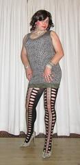 cougar tunic and heels (Barb78ara) Tags: tunic cougarprint cougar cougartunic littledress tighttunic animalprint nylon pantyhose hosiery patternedpantyhose patternednylon pumps highheels highheelpumps cougarpumps