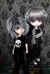 Zack y Jezabel (Lunalila1) Tags: doll groove junplaning utah pennywise taeyang pullip sakito mad hatter stempunk zack jezabel bradley halley burns family