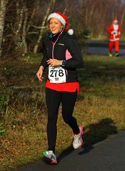 FNK_2423 (Graham Ó Síodhacháin) Tags: kentchristmascracker 2017 nicework betteshangerpark run running race runners athletics christmas creativecommons