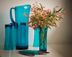 still life (Mariasme) Tags: stilllife christmasbush vase blue red posy glass flowers friendlychallenges