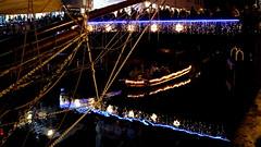 GRONINGEN, THE NETHERLANDS (pwitterholt) Tags: winterwelvaart christmas kerstgroet kerstverlichting kerst kerstsfeer kersttijd kerstgevoel groningen greetings bridge brug reflection reflectie weerspiegeling weerkaatsing ship schip hogedera lagedera water canal diep canon canoneosm3 people