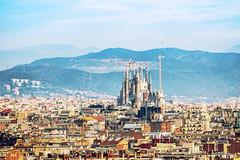 Überragend. (fresch-energy) Tags: spanien barcelona stadt city spain cityscape architektur architecture kirche church