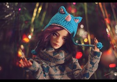 Well, anybody who wears a hat as stupid as this isn't in the habit of hanging around other рeople, is she? (noir_saint_lilith) Tags: dollphotography doll dollmore dollportrait happynewyear zaoll zaollluv bjd