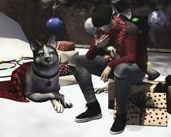Merry Xmas, Guys!! Love you all ♥ (Vin Dover) Tags: xmas deadwool tram momento semller lenox uber