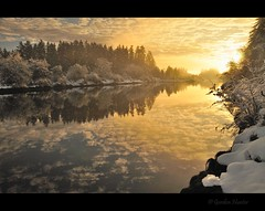 winter river (Gordon Hunter) Tags: morning sunrise glow warm clouds reflection trees forest nature landscape outdoor country snow winter nanaimo river vancouverisland bc canada gordon hunter nikon d5000 water estuary