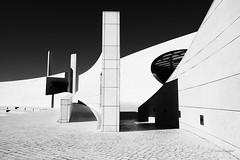 Champalimaud (mimo b. rokket) Tags: modern modernarchitecture modernearchitektur architecture architektur lisboa lissabon portugal abstract abstrakt abstraktearchitektur abstractarchitecture forms formen geometry geometrie canonefs1018mmf4556isstm monochrome monochrom bw blackandwhite schwarzweis centrefortheunknown