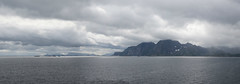 Graue Lofoten (schnoogg) Tags: kabelvåg lofoten meer nordland norwegen panorama sea storvågan ocean orava no