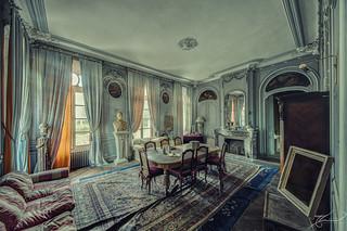 la chambre des bustes