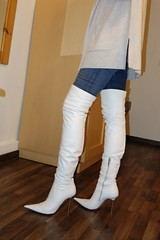 Rosina in the mountains - Ready to go out for dinner (Rosina's Heels) Tags: stiletto high heel leather overknee boots