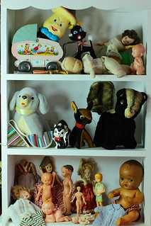 Dolls Stuffed Animals Flea Market 005