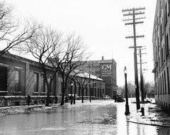 1950 Flood - Assiniboine Avenue (vintage.winnipeg) Tags: vintage history historic winnipeg manitoba canada 1950flood
