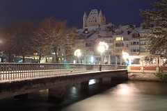 Schloss Thun ( Baujahr um 1190 durch die Zähringer - château castello castle ) im Winter mit Schnee in der Altstadt - Stadt Thun im Berner Oberland im Kanton Bern der Schweiz (chrchr_75) Tags: christoph hurni schweiz suisse switzerland svizzera suissa swiss chrchr chrchr75 chrigu chriguhurni chriguhurnibluemailch dezember 2017 dezember2017 albumzzz201712dezember winter hiver inverno schnee snow neige neve kantonbern berner oberland albumstadtthunnacht nacht night nuit notte albumstadtthunwinter stadtthun albumstadtthun kanton bern albumschlossthun schlossthun schloss château castle stadt city ville thun thoune bärn berneroberland kaupunki città シティ stad ciudad