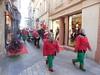 Arles. La cavalcade du Père Noël. (Only Tradition) Tags: 13200 france frança franca francia франция frankreich frankrijk franţa franciaország