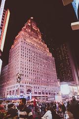 DSC_7421 (MaryTwilight) Tags: newyork humansofnewyork peopleofnewyork nyc bigapple thebigapple usa exploreusa explorenewyork fallinnewyork streetsofnewyork streetphotography urbanphotography everydayphotography lifestylephotography travel travelphotography architecture newyorkbuildings newyorkarchitecture