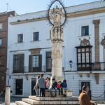 Plaza de la Asunción: obelisco con l'Assunzione della Vergine Maria al cielo thumbnail