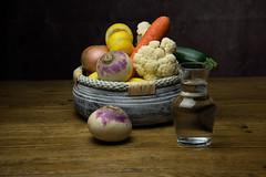 Nature morte (pictopix) Tags: nature morte naturemorte fruits légumes couleurs lumière navet courgette citron oignon choufleur