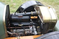 A peep under the hood. Vintage Delage Motorcar. Moffat Classic Weekend 2017. (Yesteryear-Automotive) Tags: delage vintage motorcar automobile car moffat scotland engine