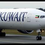 B777-369/ER | Kuwait Airways | 9K-AOF | FRA thumbnail