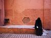 Marrakech (Nidal Jenaiah) Tags: street streetphotography strasse spain strassenfotografie person blackandwhite bw barcelona calle city cuba urban rua potrait photography marroco marrakech landstrase wand personen burka