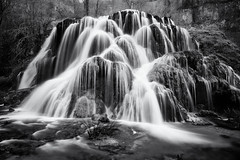 Les Tufs Jura (EtienneR68) Tags: landscape eau montagne mountain nature paysage river tree trees water waterfall cascade tufs marque a7r3 a7riii city sony baumes les messieurs