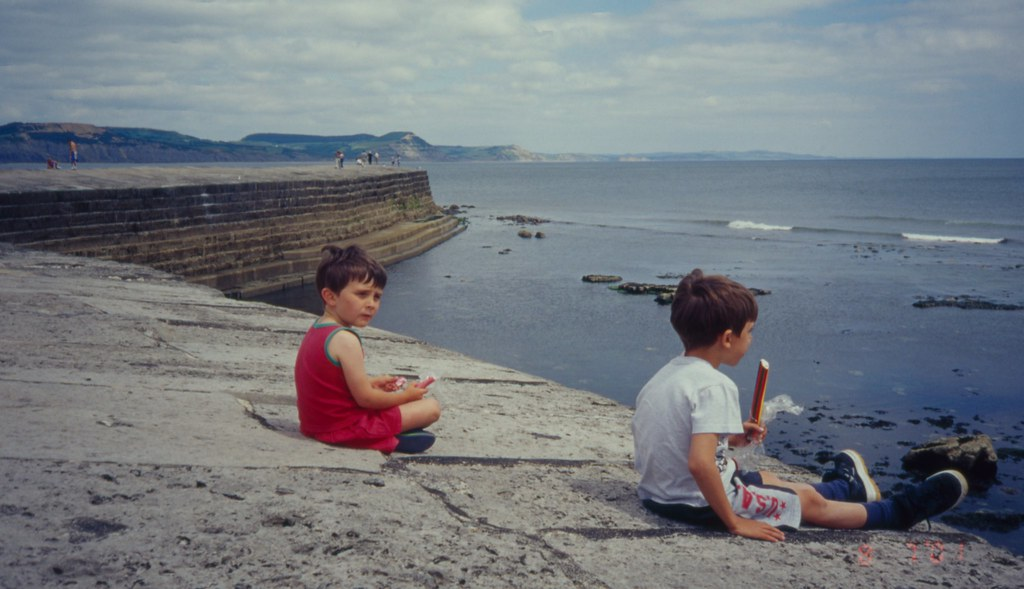 The Cobb,Lyme Regis 8 7 2001