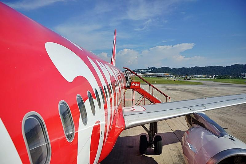 『馬來西亞。檳城』 高雄飛吉隆坡→轉機檳城 初體驗|購買機票心得、飛機餐、機場好吃好買推薦分享|極樂美食&懷舊古城吃喝玩樂全記錄