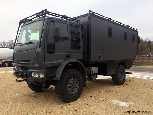 IVECO expedition vehicle front