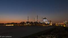 Rising from the palms (Jhopne) Tags: abudhabi grandmosque mosque abu dhabi dawn building uae canonef2470mmf28lusm canoneos5dmarkii supershot